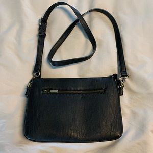 G.H.Bass&Co Crossbody Purse